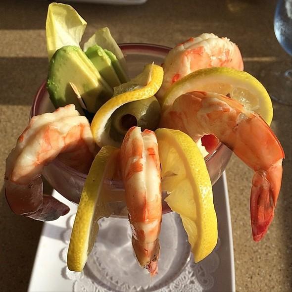 Jumbo shrimp cocktail - Poseidon, Del Mar, CA