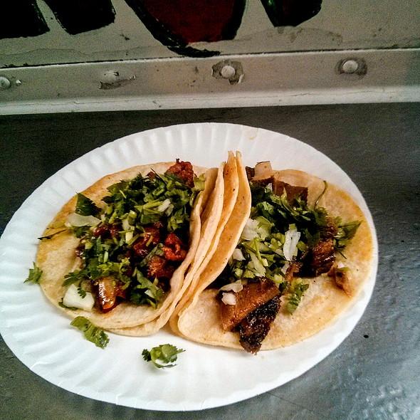 Tacos @ Tacos El Ranchero