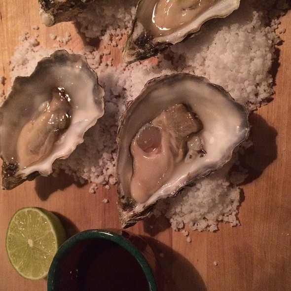 Oysters @ Condesa