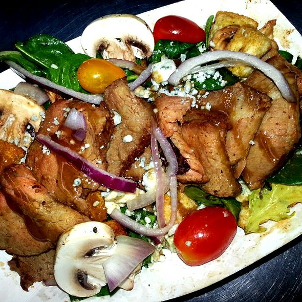 Balsamic Steak Salad @ Savourie Streets Food Truck
