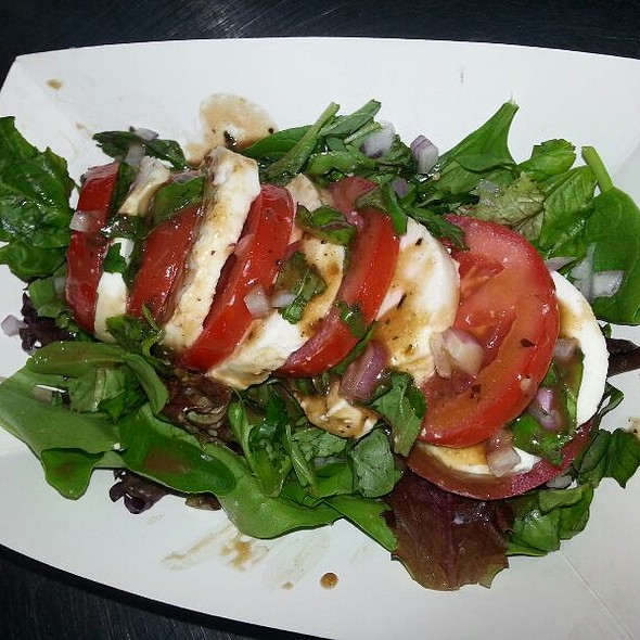 Caprese Salad With Balsamic Vinaigrette @ Savourie Streets Food Truck