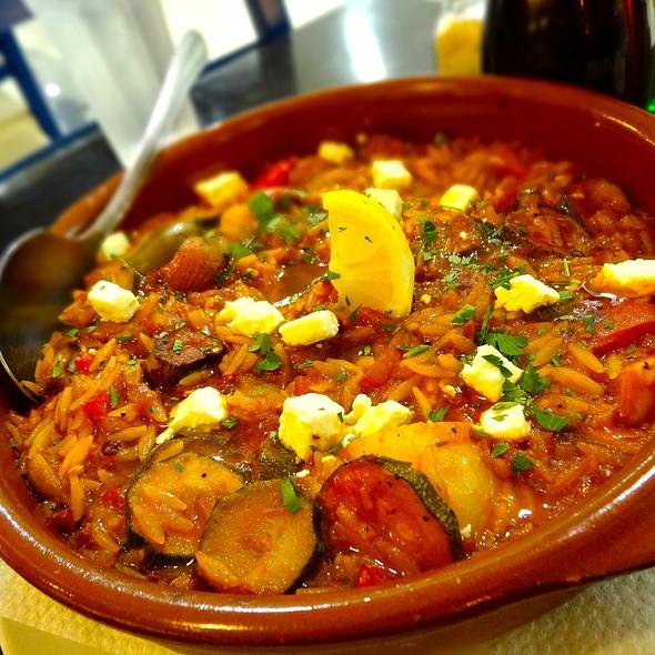 Vegetarian Yiouvetsi