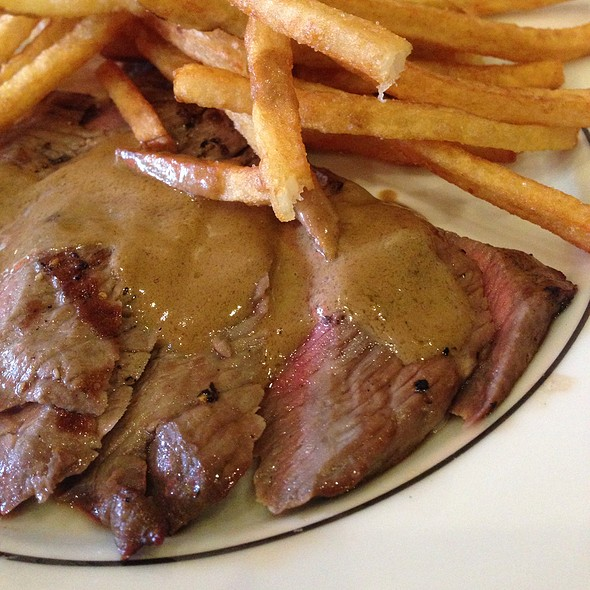 Steak & Fries @ Medium Rare