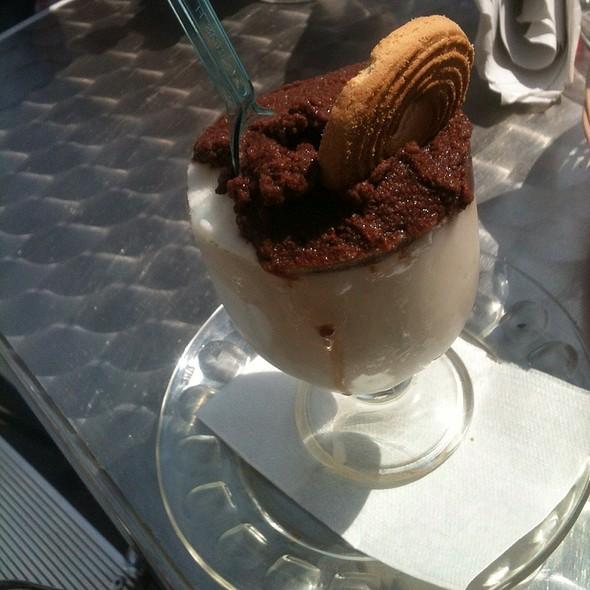 Granita Mandorla E Cioccolato @ Acicastello