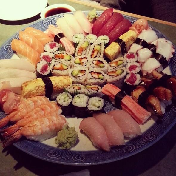Samurai Sushi Platter