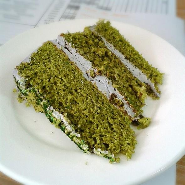 Green Tea Taro Cake @ Nom Nom Nom