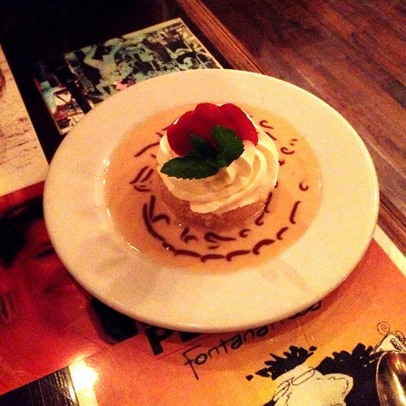 quatro leches @ Buenos Aires Cafe