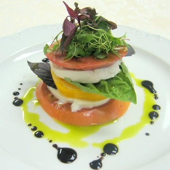 Heirloom Tomato Mozzarella Salad - Lakeview Bistro at The Westin Bonaventure Hotel, Los Angeles, CA