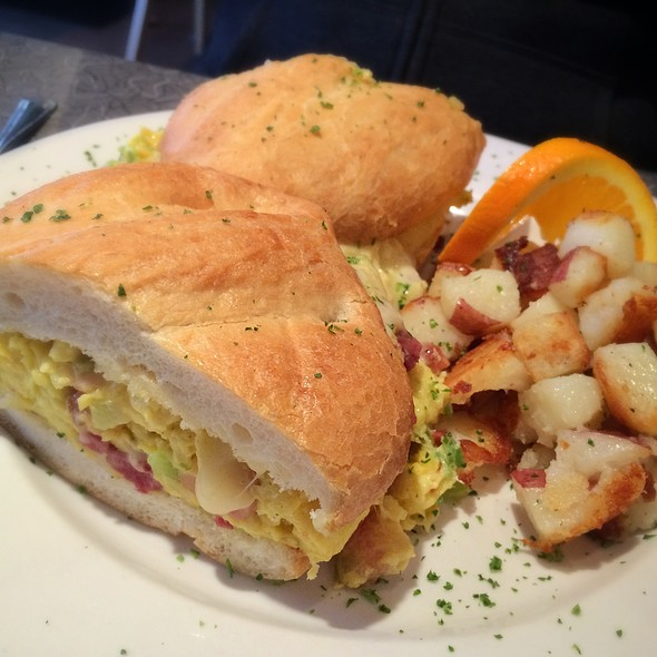 Santa Ana Breakfast Sandwich