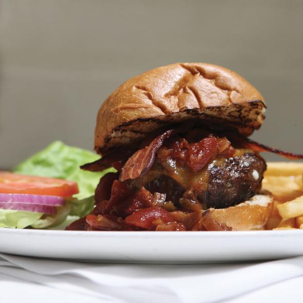 Bill's Burger Meister Burger @ Cardwells At The Plaza