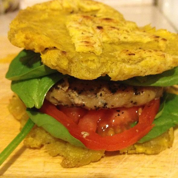 Toston Chicken Burger @ House Of Misha
