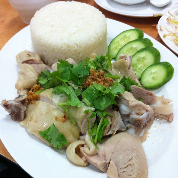 Hainam Chicken With White Rice @ Tan Viet Noodle House