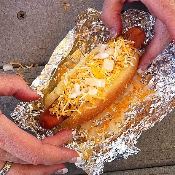 Hot Dog @ Dawg Daze LLC
