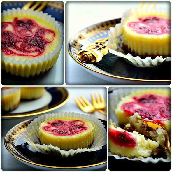 Raspberry Swirl Cheesecake 2 @ Maya's Kitchen