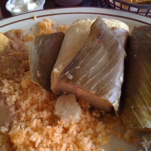tamales @ Tita's Pupuseria