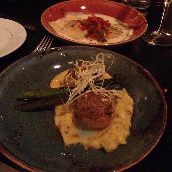 Scallops - Osco! Restaurant – InterContinental Montreal, Montréal, QC