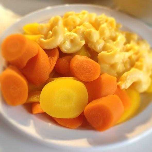 mac & cheese kids meal @ IKEA Pittsburgh