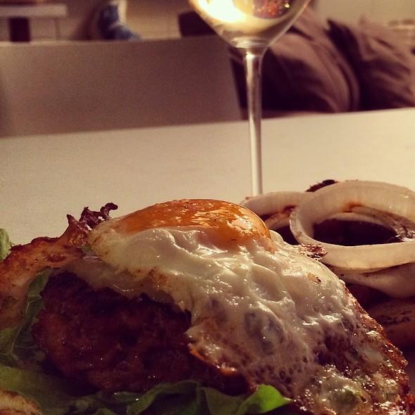Beef&Pork Burger With Farm Egg