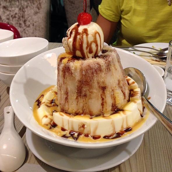 Almond Shaved Ice @ Tian Pao Wan