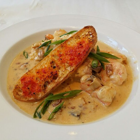 Shrimp and Grits @ Cafe Nola at Moca