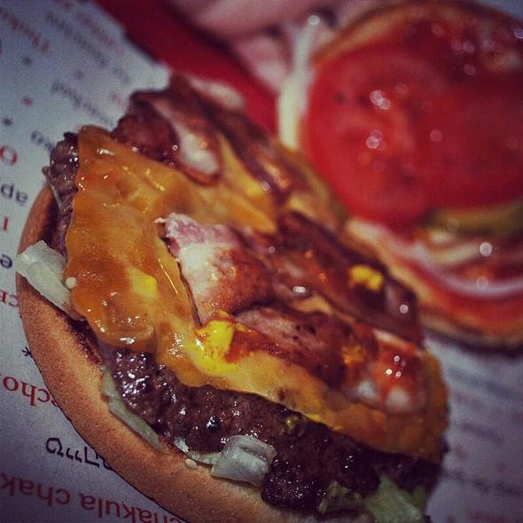 Cabbie Burger
