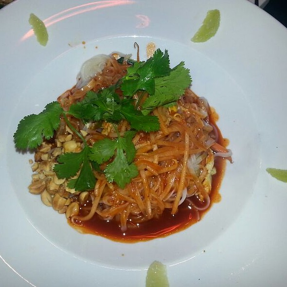 Pad Thai Noodles @ Chinois On Main