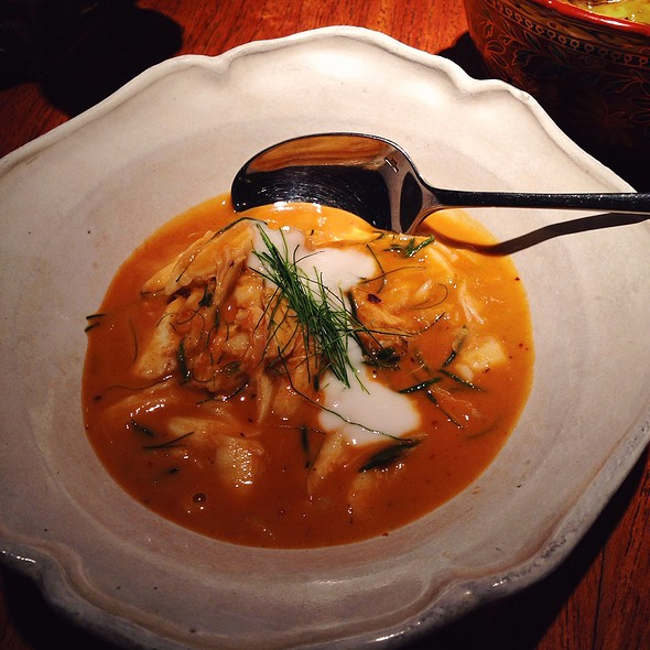 Coconut And Turmeric Curry Of Blue Swimmer Crab With Calamansi Lime @ Nahm @ Metroplitan By COMO
