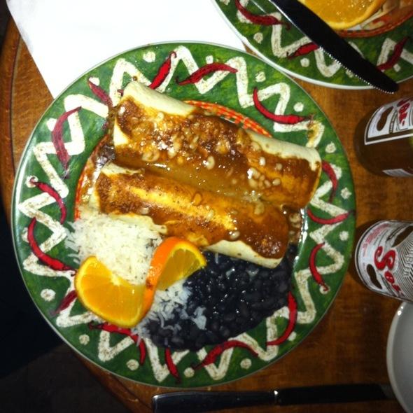 enchiladas @ La Perla