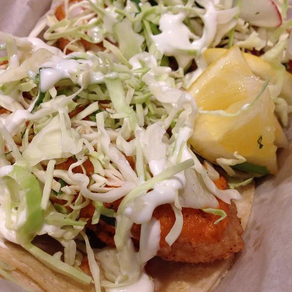 Baja Fish Tacos @ Cholita Linda