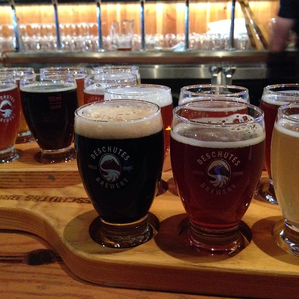Beer Flight @ Deschutes Brewery Portland Public House