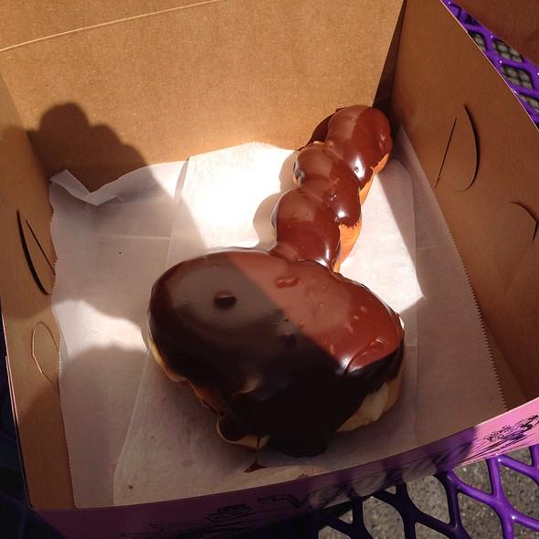 Cock-N-Balls Donut @ Voodoo Donuts