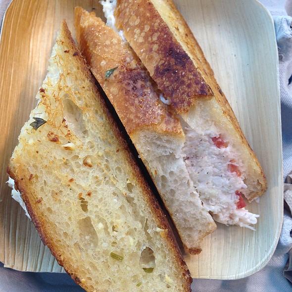 Crazy Crab Sandwich