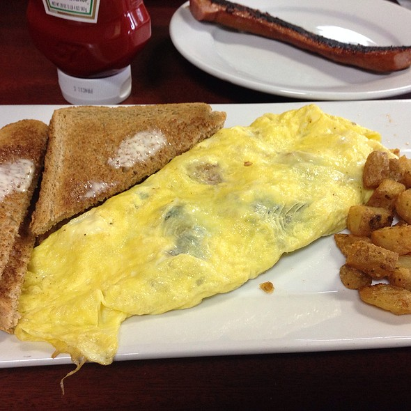 Greek Omlette @ Uncle Jay's Twisted Fork
