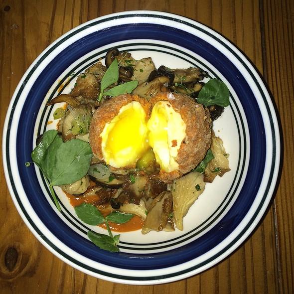 Chicken Fried Chicken Egg - Odd Duck, Austin, TX