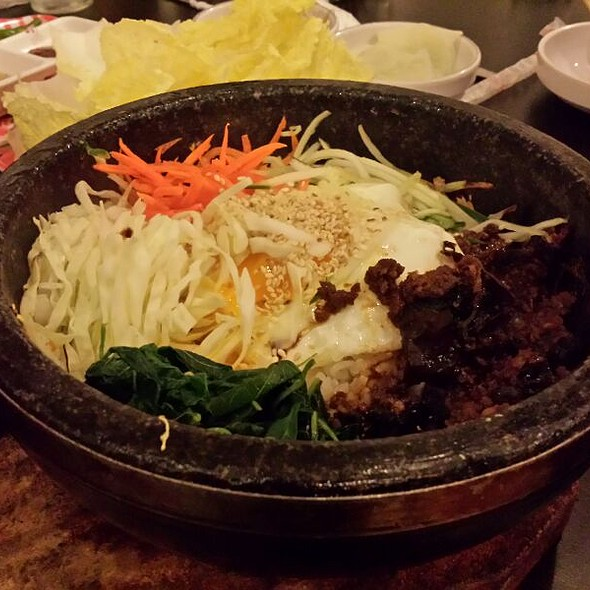 Hot Stone Pot Bibimbob