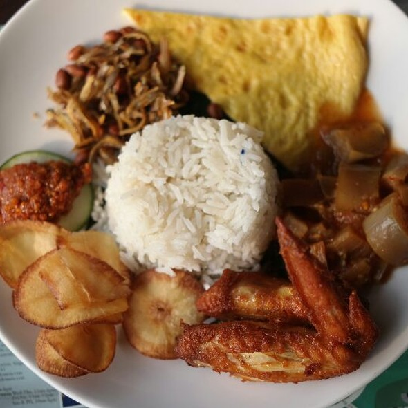 Nasi Lemak @ Bollywood Veggies Pte Ltd