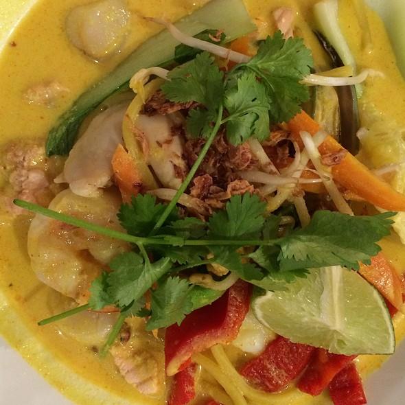 Seafood Laksa @ Lemon Tree Cafe