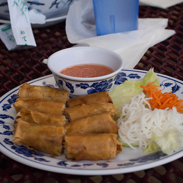 Fried spring rolls @ Pho Kauai