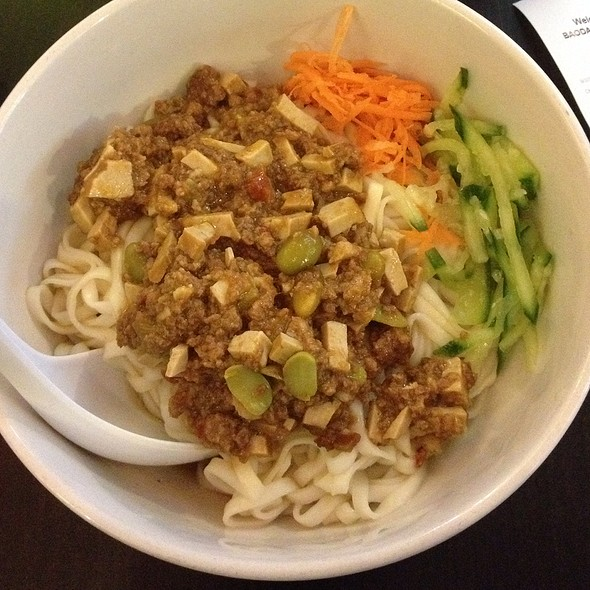 Noodles With Spicy Pork And Tofu Sauce @ Bao Dao