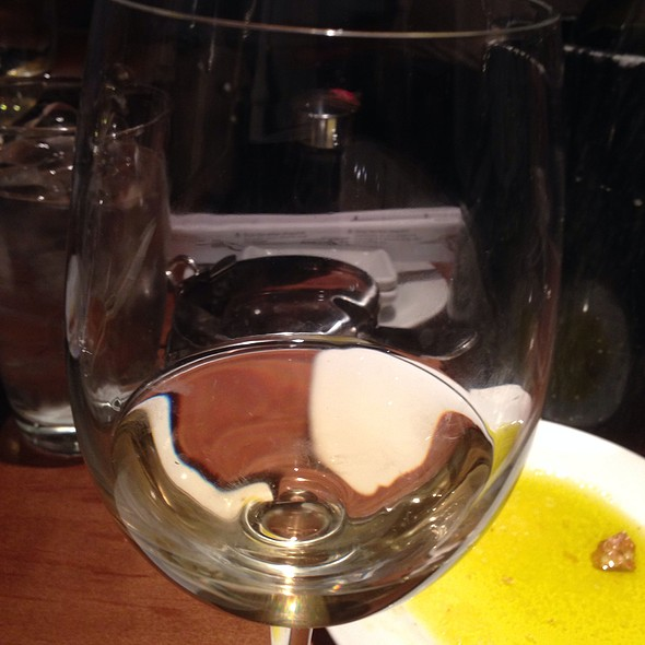 Viognier Wine  - Di Pescara, Northbrook, IL