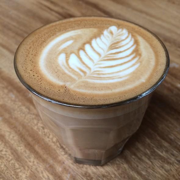 Latte @ Café Cesura