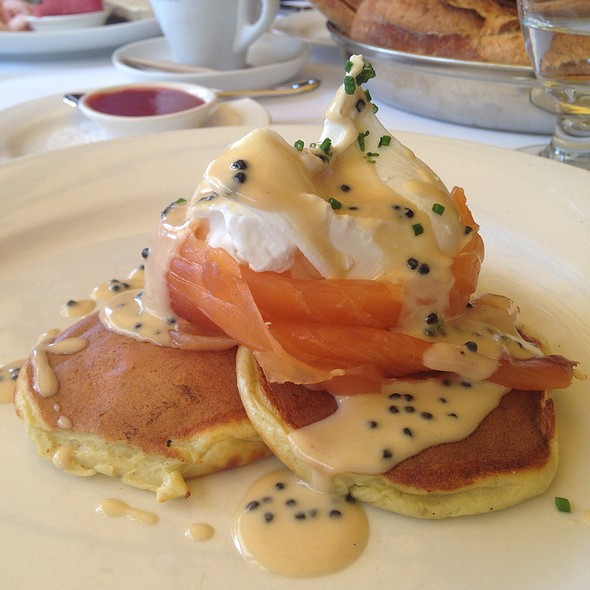 Poached Eggs With Smoked Salmon Blinis - Restaurant Lemeac, Montréal, QC