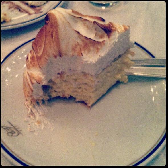 Vanilla Meringue Cream Cake