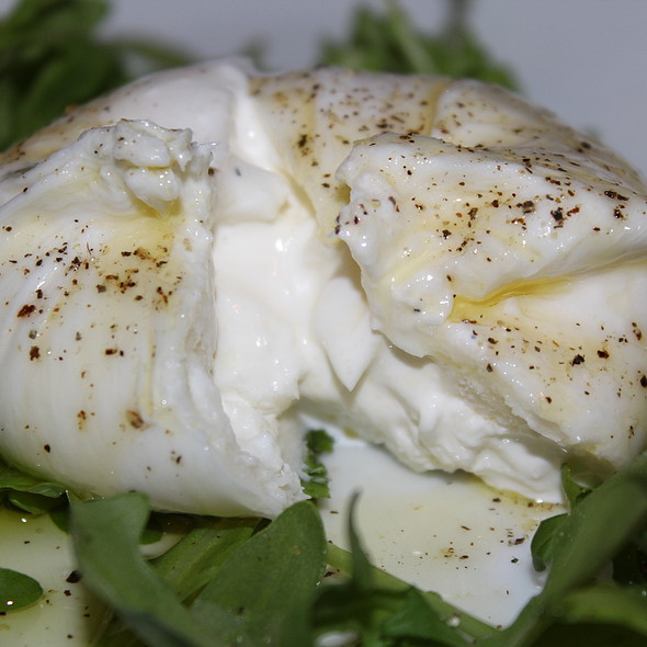 125 Grams of Fresh Burrata @ Vacanza In The Hills