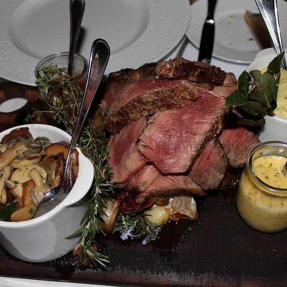 roasted cote de boeuf 1kg | truffle pommes puree | wild mushrooms @ Ananas Bar & Brasserie