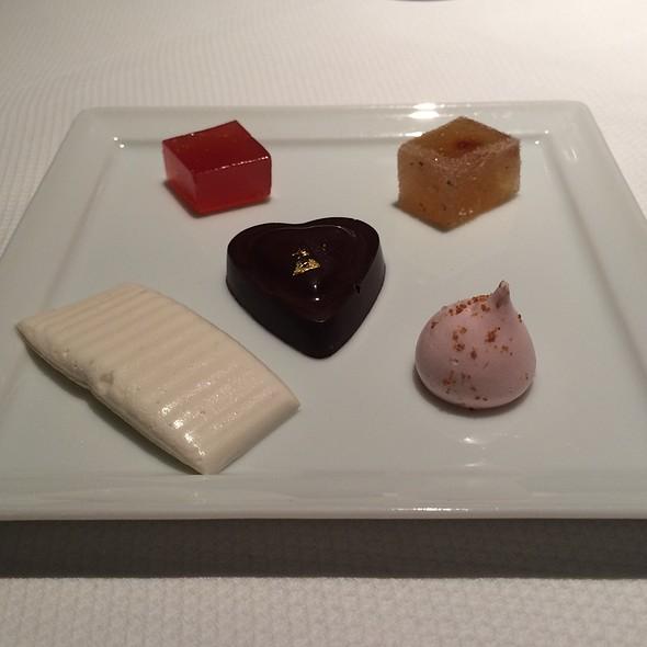 Mignardises Maison @ Baume Restaurant