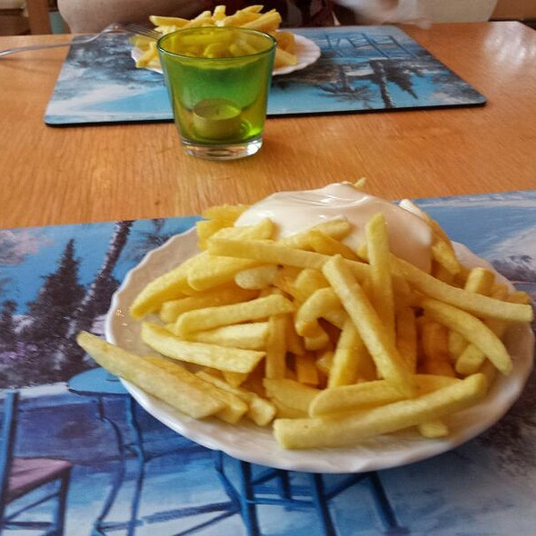 Pommes Frites @ Peris Grill