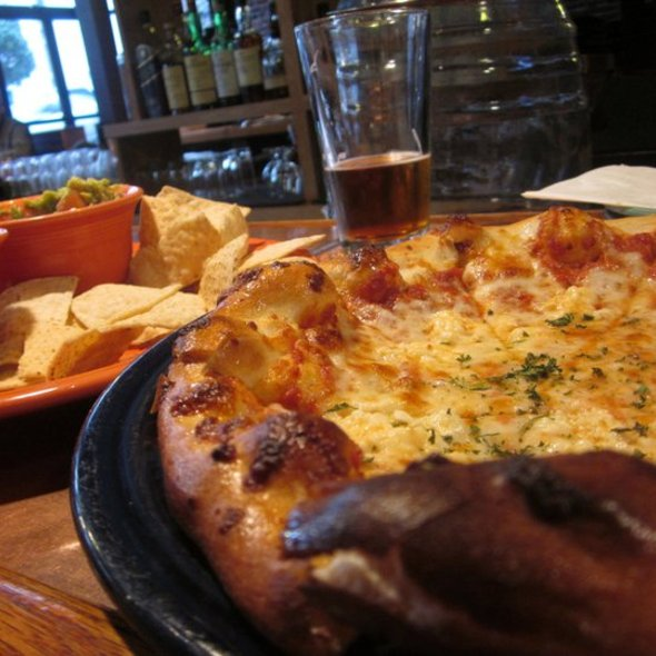 Cheese Pizza and Chips w/ Guac @ Fly Bar