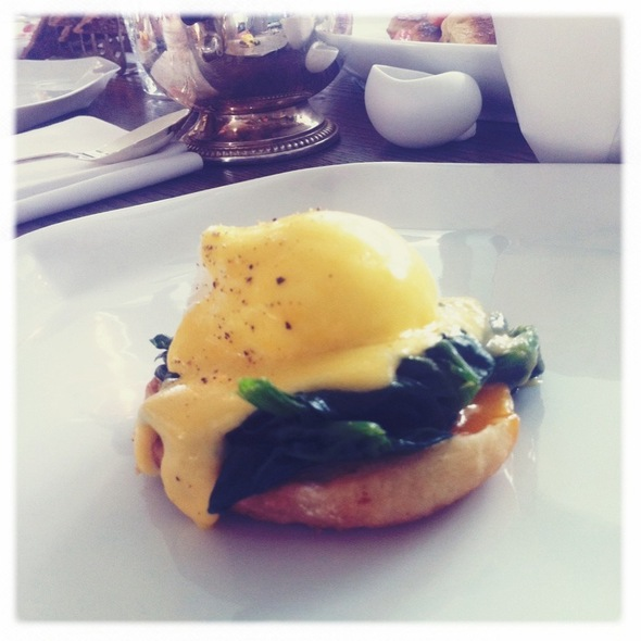 Eggs Florentine @ Soho House Berlin