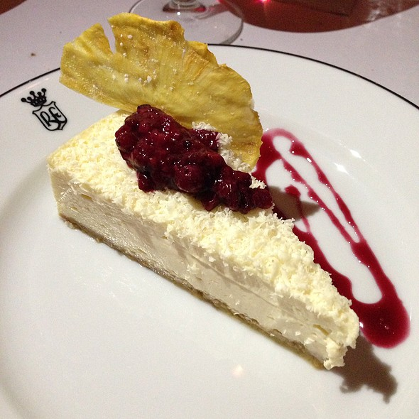Winter Berry Cheesecake @ Floridita